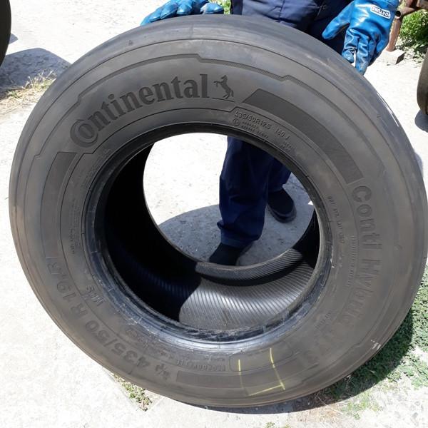 Шины б.у. 435.50.r19.5 Continental Conti Hybrid HT3 Континенталь. Резина бу для грузовиков и автобусов
