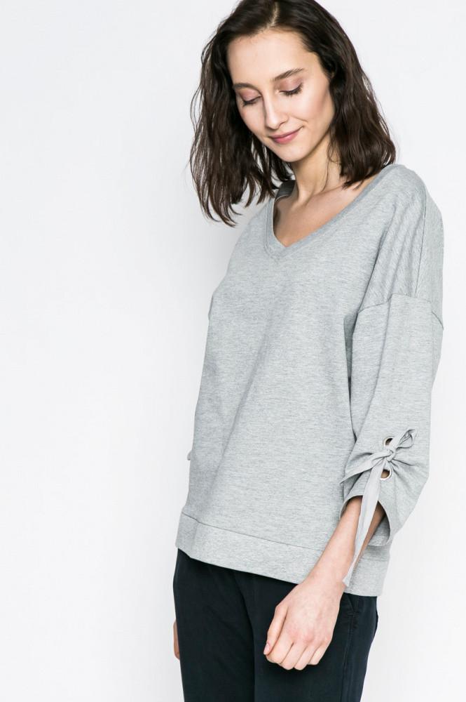 Блузка / свитер женский