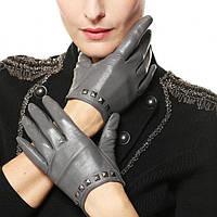 Женские кожаные перчатки — новинки этого сезона!
