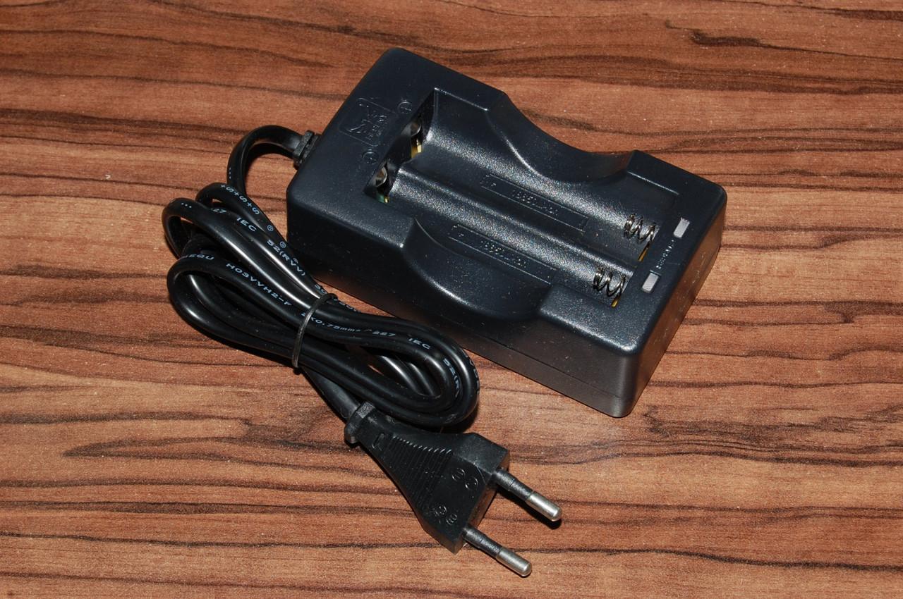 Зарядний пристрiй Heseny 18650 1000mА х2