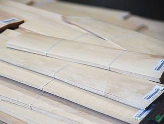 Шпон Вільхи - 2,5 мм довжина від 0,80 - 2,05 м / ширина від 10 см (I сорт)