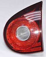 Б у Задний фонарь VW Golf V 5 справа внутри VAG 1K6 945 094 E