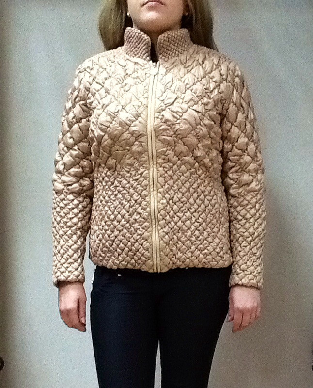 Куртка женская короткая бежевая стеганая размер+