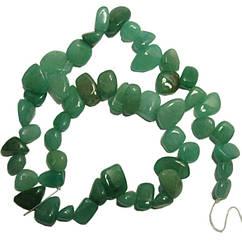 Бусины Сколы Камня Нефрит Зеленый Крупные Размер: 10-15*3-6 мм., Отвер. 1мм, около 37 см. нить