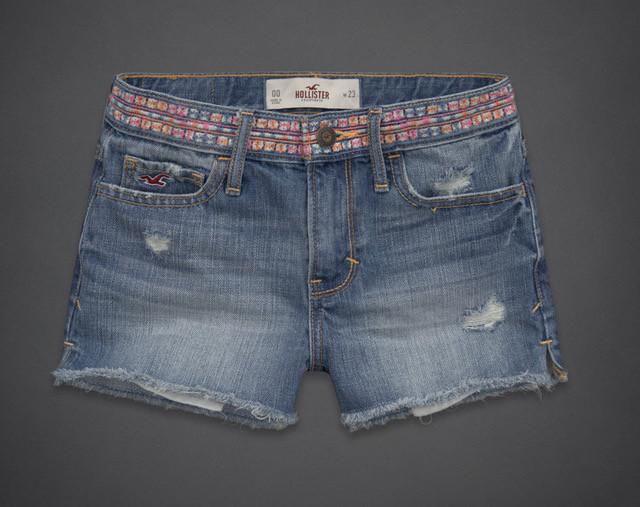 Джинсовые шорты Hollister с вышивкой на поясе