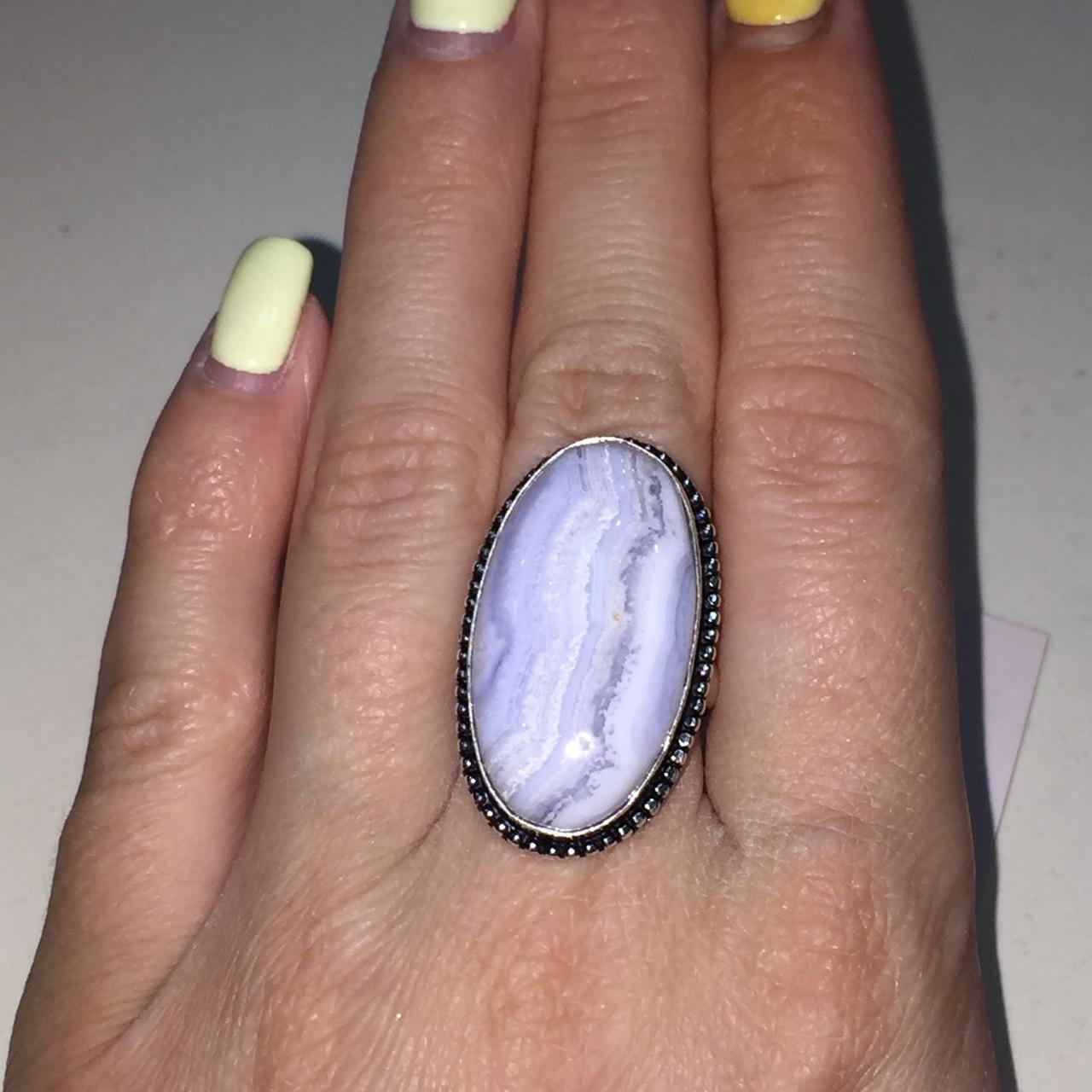 Кольцо с натуральным голубым агатом сапфирином в серебре. Кольцо овал с сапфирином. Размер 17,5-18 Индия