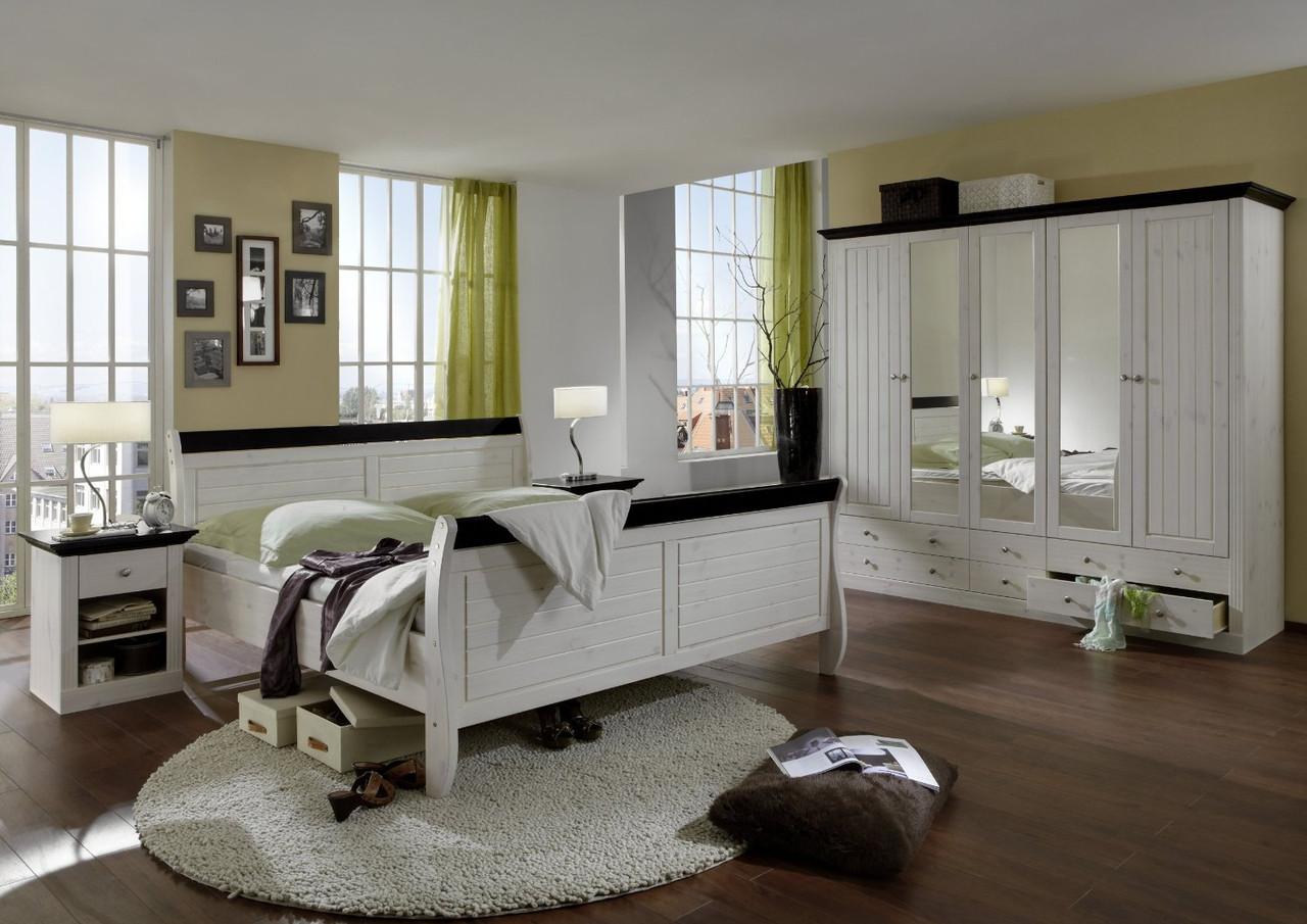 Спальня из дерева 008
