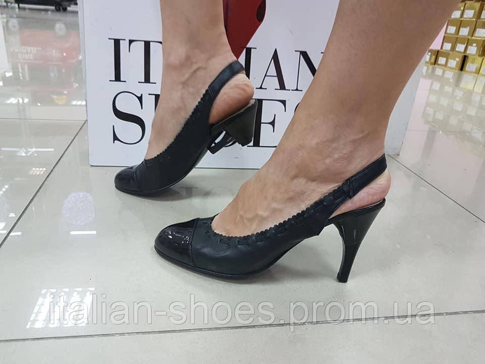 Черные босоножки каблук-транcформер Heels