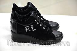 Женские итальянские замшевые черные туфли на платформе на шнуровке сникерсы  Roberta Lopes