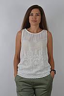 Женская хлопковая майка белого цвета с абстрактной вышивкой и прозрачными пайетками, размер M/L, арт. 9553-6