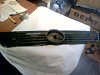 Решетка радиатора MERCEDES BENZ VITO 96-