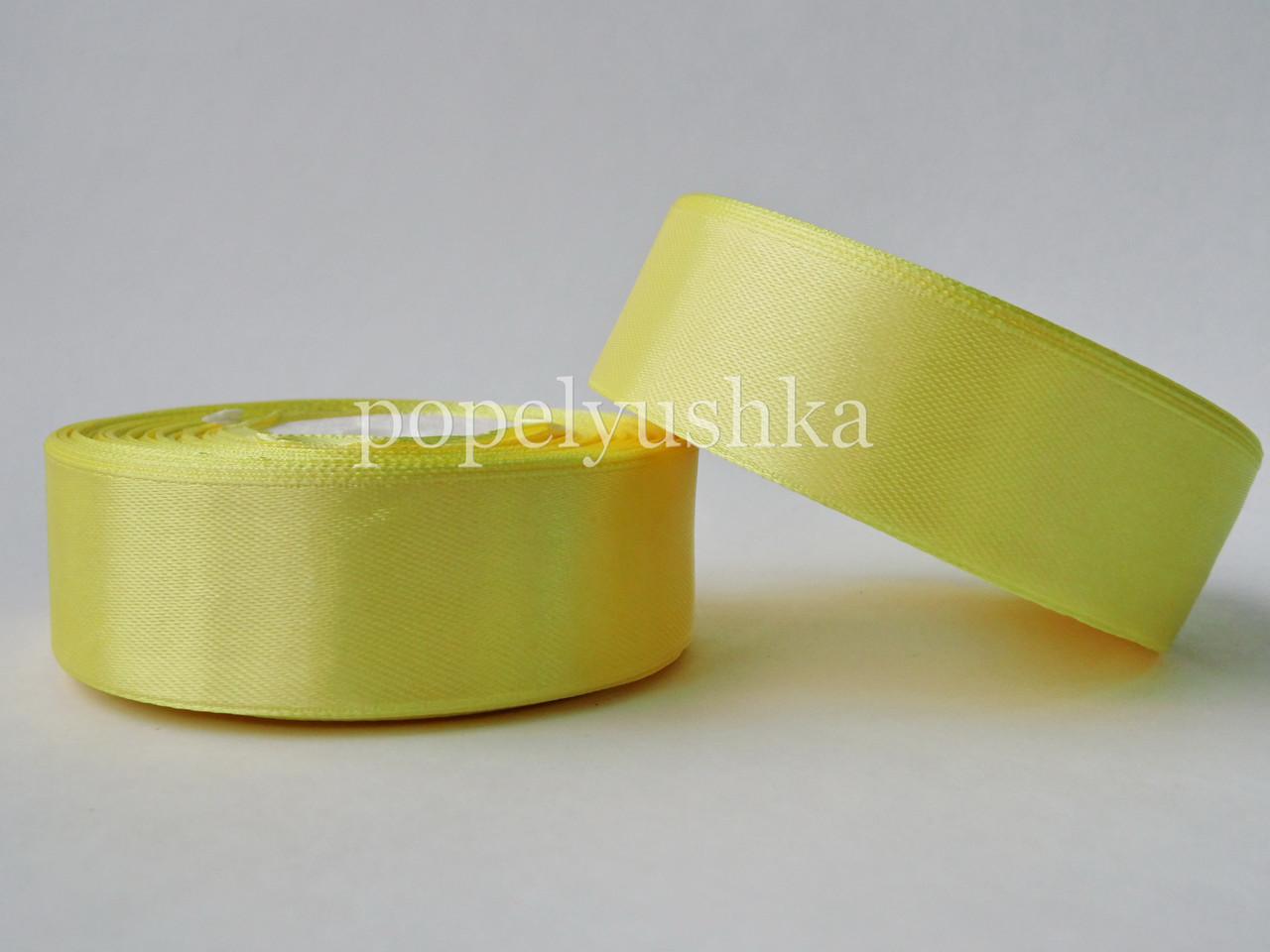 Стрічка атласна 2,5 см жовта