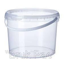 Ведро пластиковое пищевое с крышкой 2,3 литра.