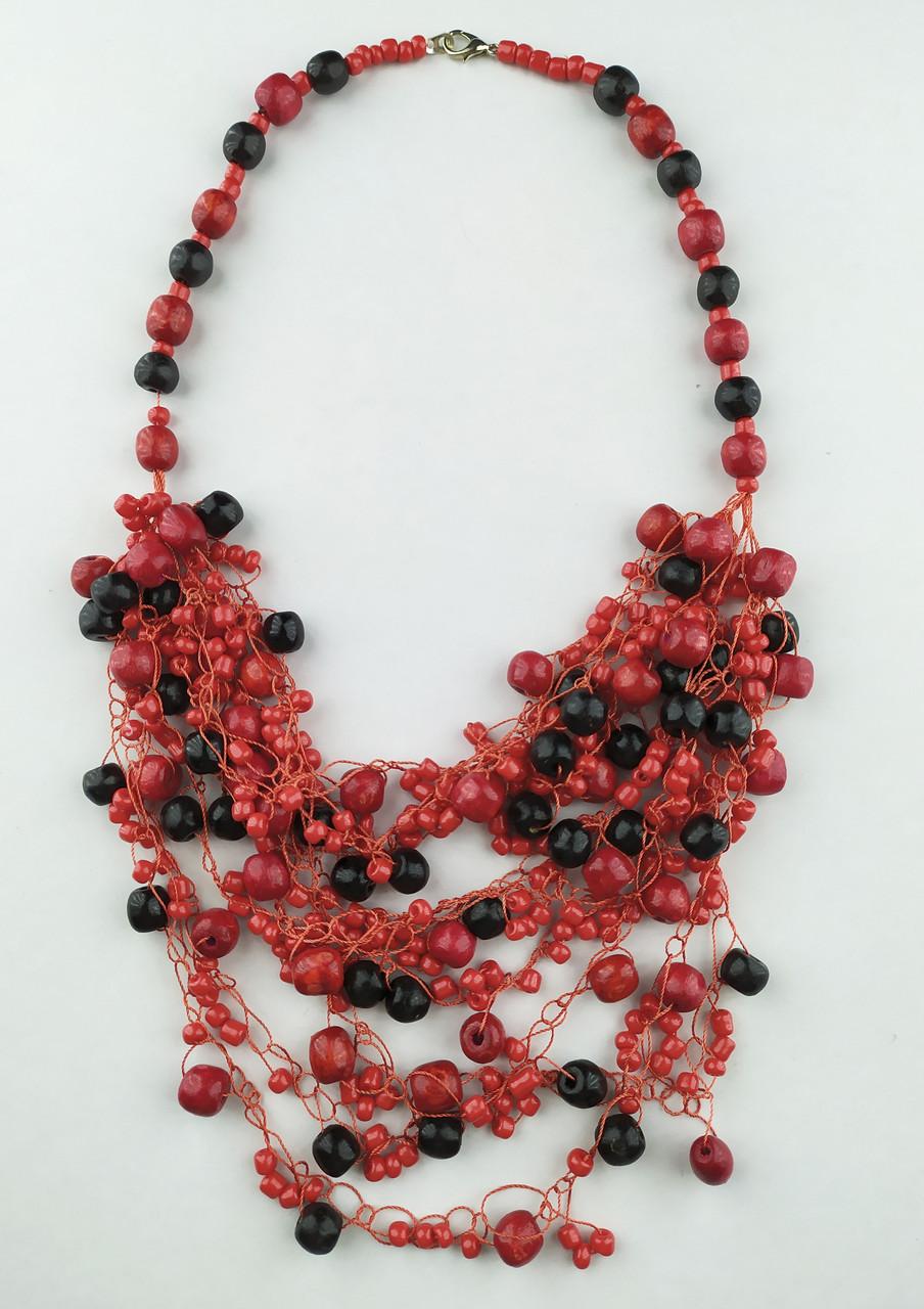 Червоно чорні буси вязані