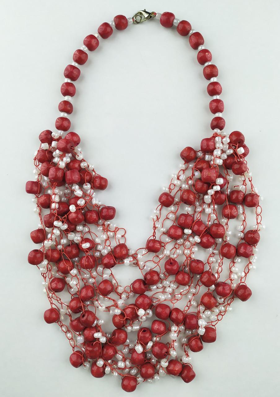 Червоно білі буси вязані