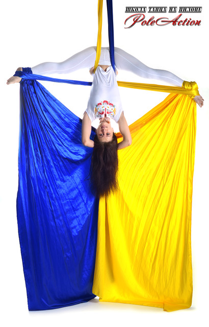 Воздушная акробатика - Танец на полотнах
