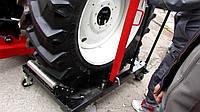 Тележка для перемещения, снятия тракторных и грузовых колес.