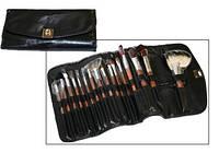 BLACK CLASSIC Набор макияжных кистей в чехле (16 кистей)