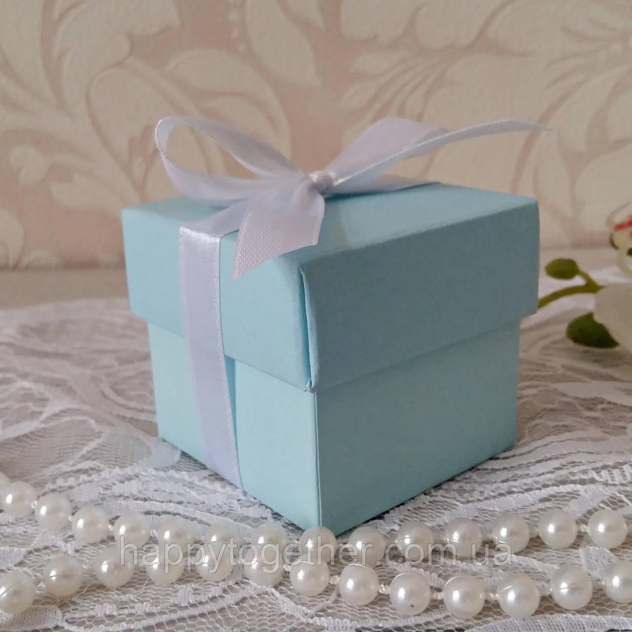 Бонбоньерка коробочка с крышечкой нежно-голубая