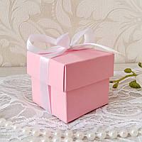 Бонбоньерка коробочка с крышечкой розовая