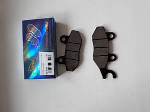Колодки тормозные(диск) ухо в право для  GY6  80cc