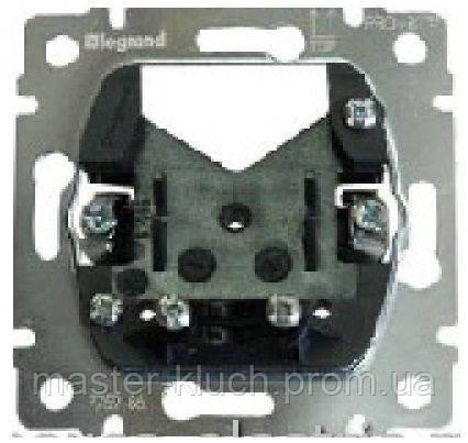 Механизм вывода кабеля Legrand PRO 21
