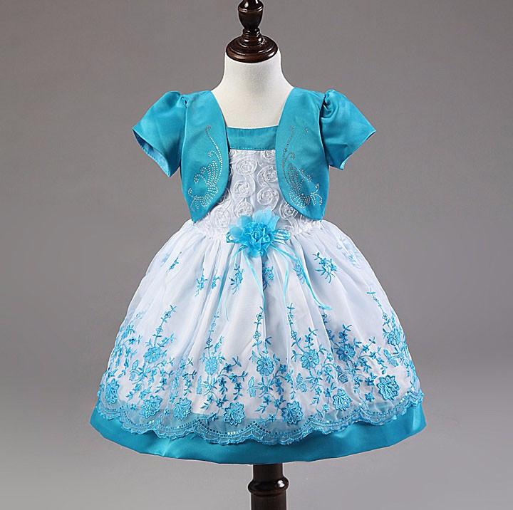 Нарядное платье для девочки  размер 92.