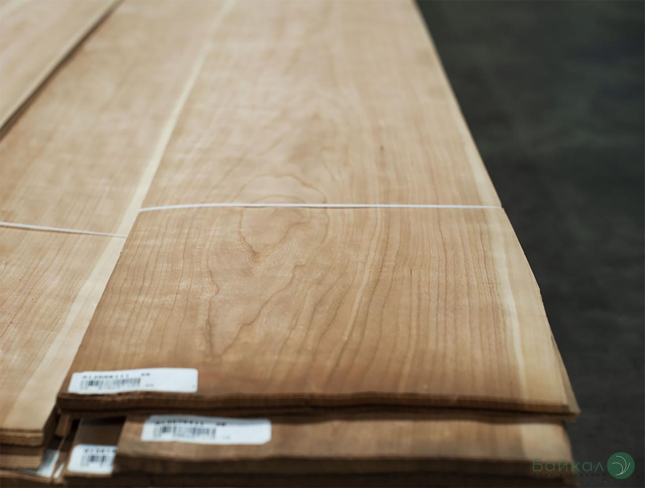 Шпон Вишня Американська - 0,6 мм - довжина від 2 до 3.80 м / ширина від 10 см+ (I гатунок)