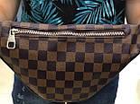 Мужская сумка на плечо бананка Lou1s Vuitton коричневая. Живое фото (Реплика ААА+), фото 2