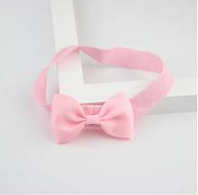 Детская светло-розовая повязочка на голову