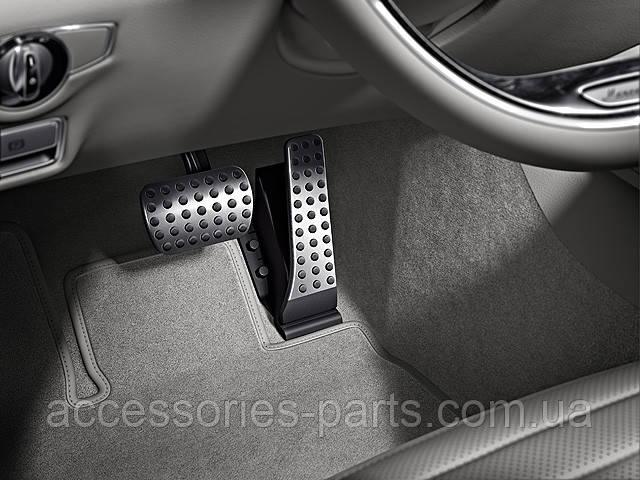 Накладки на педали с перфорацией Mercedes W222 S-Class Новые Оригинальные