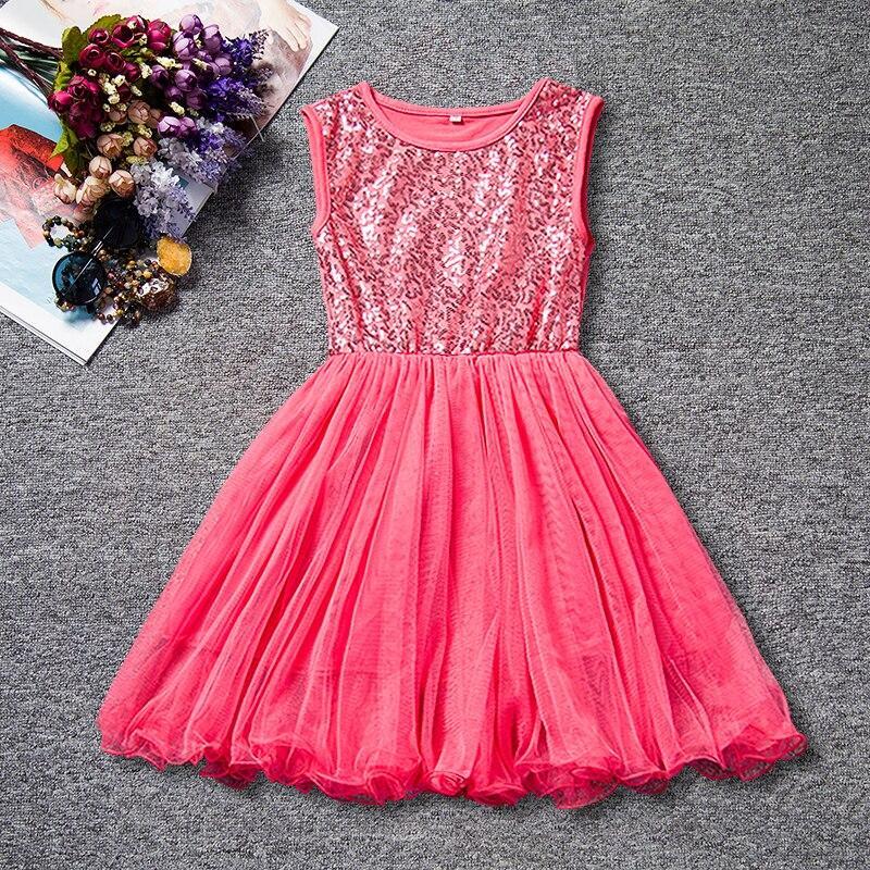 Платье с пайетками для девочки размер 110.