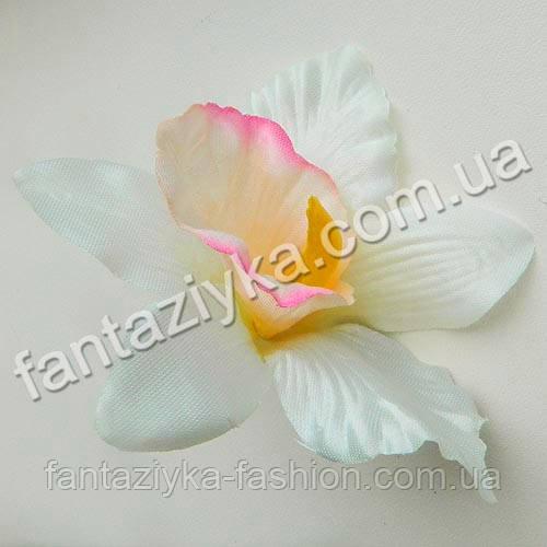 Атласный цветок ириса 10см, кремовый