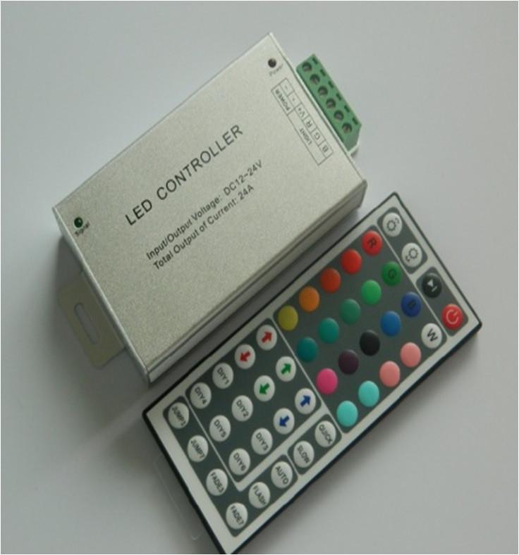 Контроллер для светодиодной ленты RGB 12А, Smart RIR-3-RGB-W-04, ИК пульт 44 кнопки