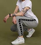 Спортивные штаны женские Adidas 20096 серые с черными лампасами, фото 4