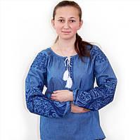 Женская вышитая блуза из джинса