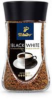 Кофе растворимый Tchibo Black and White, 200г