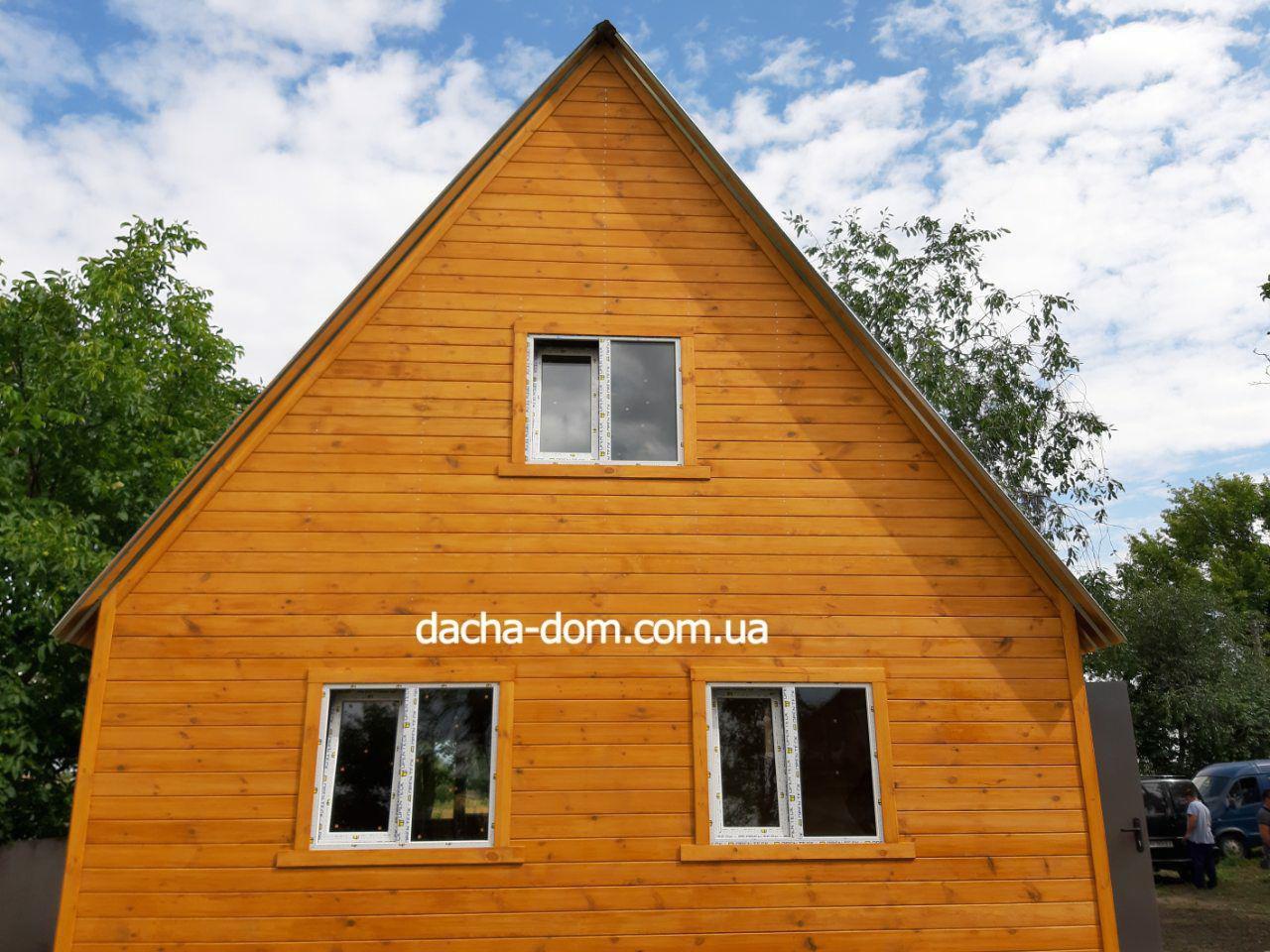 Двоповерхові дачні будиночки-економ варіант