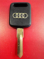 Заготовка автомобильного ключа AUDI - HU49