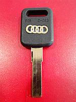 Заготовка автомобильного ключа AUDI - HU66