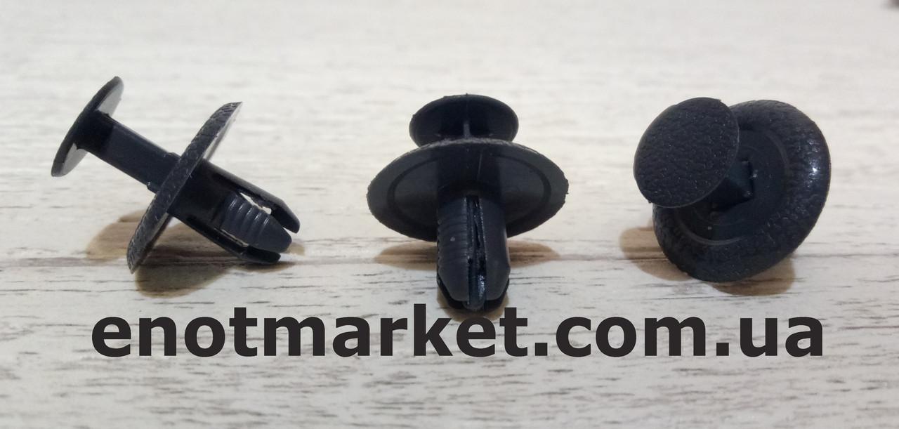 Крепление внутренней отделки салона много моделей Mazda. ОЕМ: GJ2168885B, GJ2168885B02