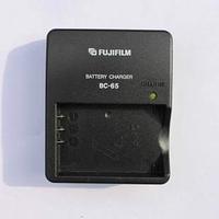 Зарядное устройство FujiFilm BC-65 (аналог) для аккумуляторов NP-60 | NP-120