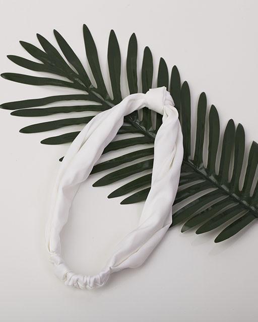 Повязка-узелок белая