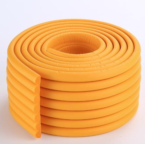 Защитная лента на углы мебели - ребристая. Оранжевая!!!
