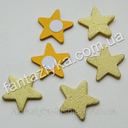 Деревянная золотая Звезда на липучке 20мм