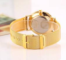 Модные женские часы золотистые, фото 2