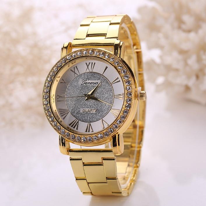 Женские наручные часы золотистые Geneva