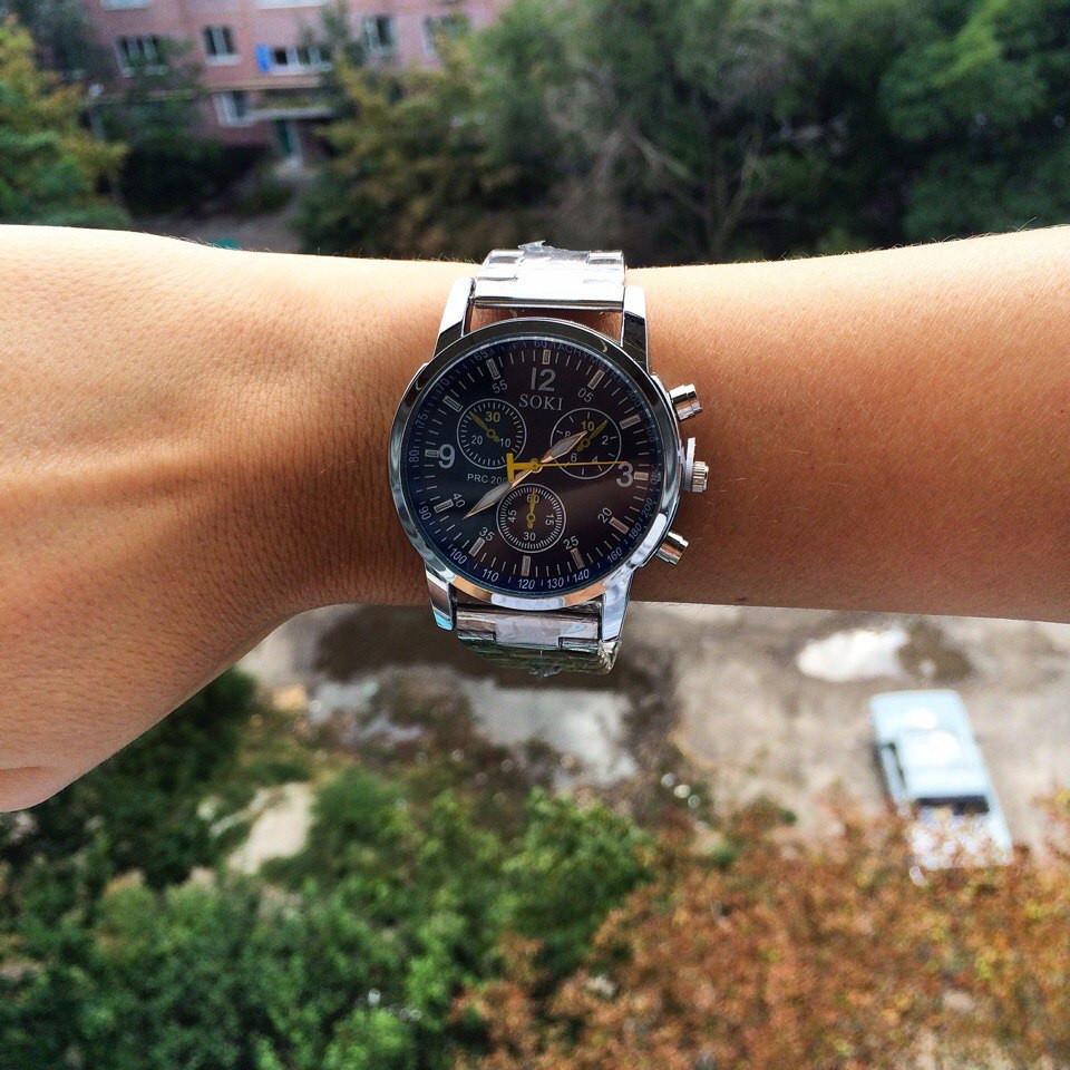 Металлические женские часы серебро