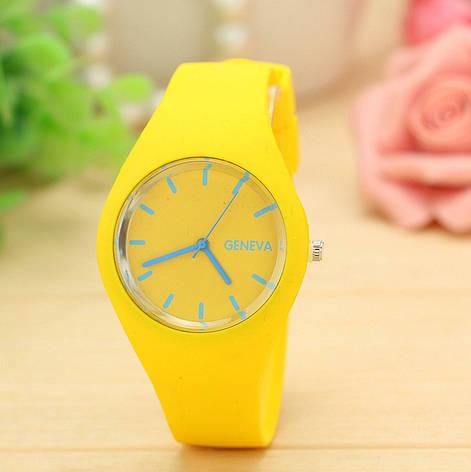 Женские наручные спортивные часы Geneva желтые, фото 2