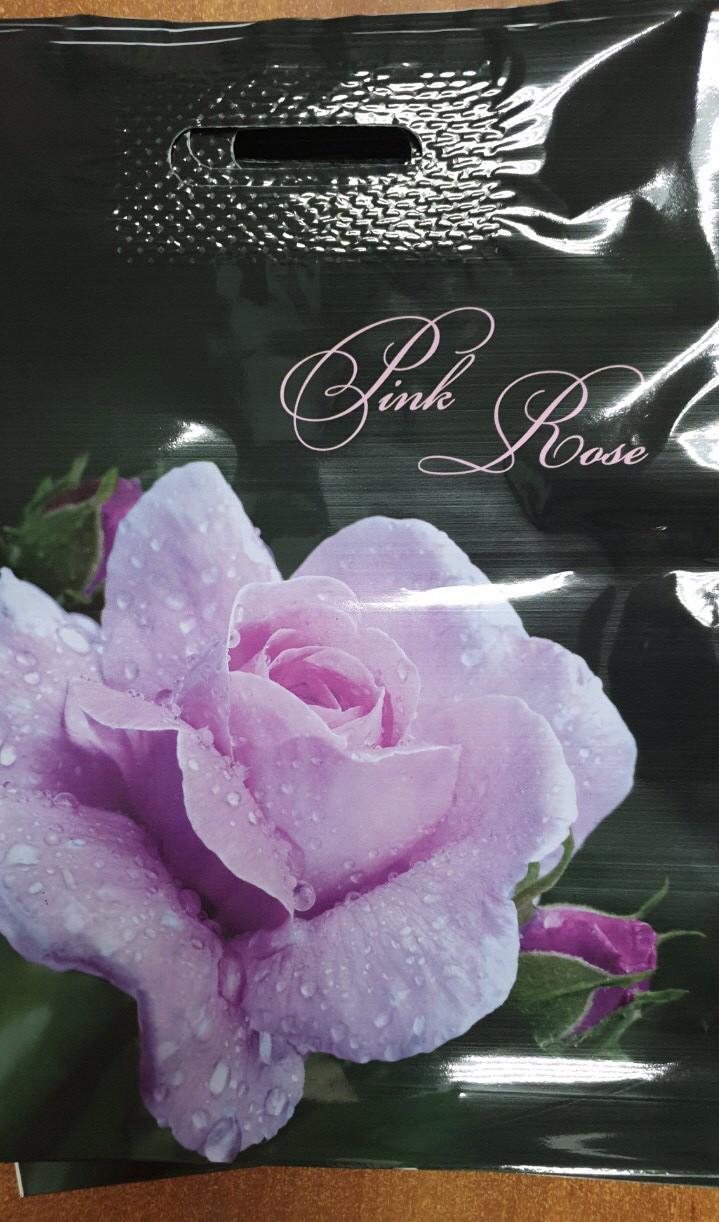 Полиэтиленовый пакет с прорезной ручкой 290*390 мм Роза розовая